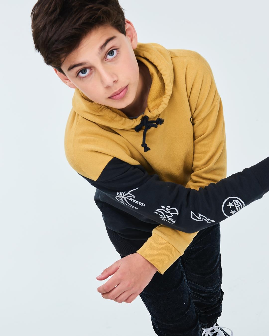 Alec 6